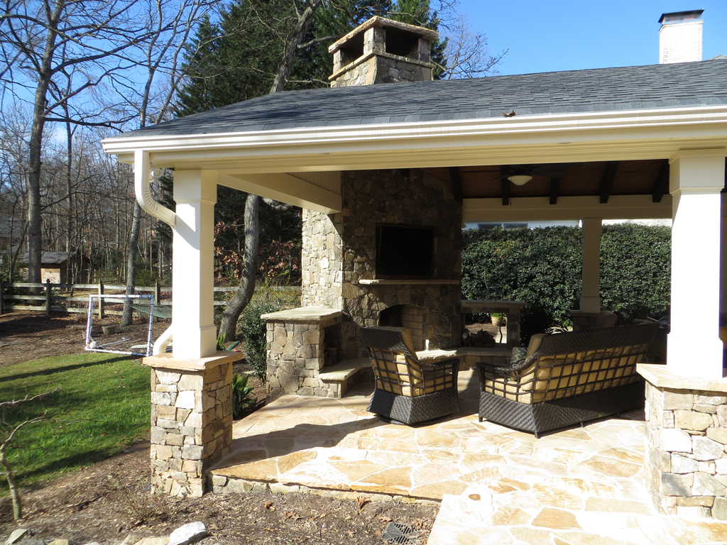 Outdoor living in south park jones hedges custom builders for Custom home builders anderson sc